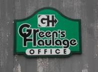 Mixer by Kitchen Aid. Silver finish 4.3 litre, tilt head design and 3 mixing attachments